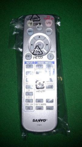 Controle Remoto Original para Projetor Sanyo PLC Z e