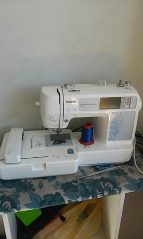 Maquina de borda brother PE430