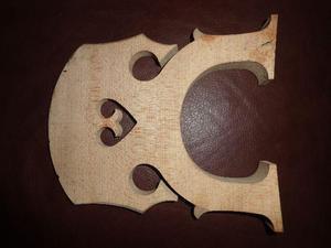 Cavalete em madeira para violoncellos usado em bom estado