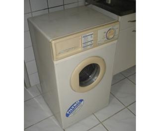 Máquina de Lavar Roupa Enxuta usada 4Kg
