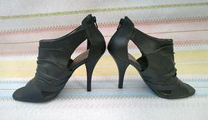 Sapato Peep Toe - Via Uno