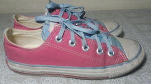 Tenis All Star n. 35 rosa com detalhe azul