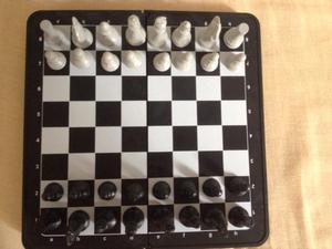 Jogo de xadrez Estimule a mente de seu filho