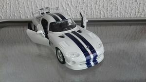 Miniatura Dodge Viper GT