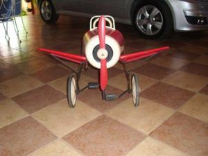 Raríssimo brinquedo Avião T6, pedalcar decada de 50