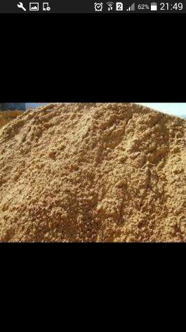 Caminhão 6mt areia grossa