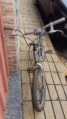 Bicicleta estilo Cross aro 20