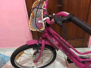 Bicicleta infantil feminina - semi nova