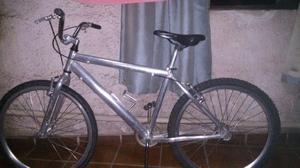 Negocio uma bicicleta toda de aluminio