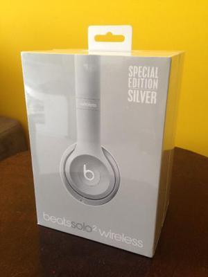 Fone de ouvido wireless beatsolo2 special edition silver