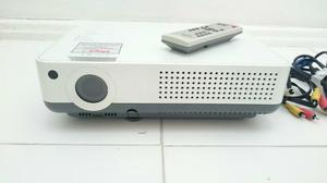 Projetor multimedia Sanyo PLC-XR201