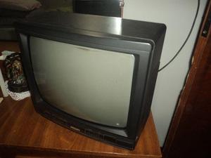 """Tv 14"""" philips com controle em perfeito estasdo linda nunca"""