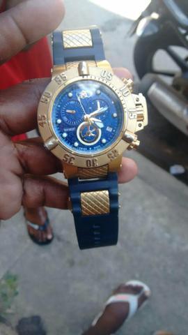 Vendo relógio invicta original otimo estado