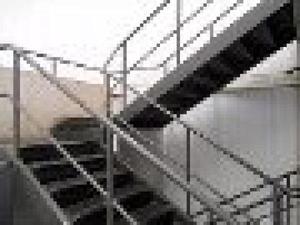 portões janelas escada estruturas de ferro