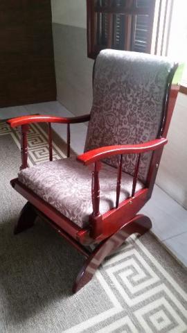Cadeira de Balanço Torraando leia o anuncio