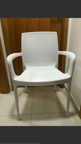Conjunto com 4 cadeiras PVC rígido