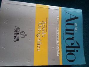 Vendo dois dicionários e um manual de redação r