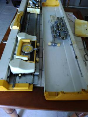 Máquina de tricô Lanofix - com todos os acessórios