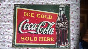 Placa Coca Cola de Metal Americana e Restaurante Antigo
