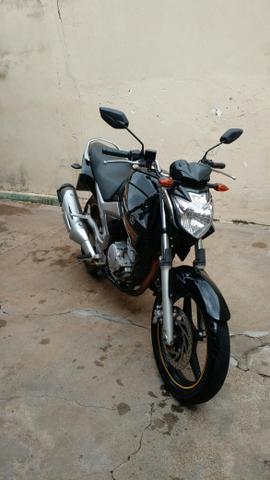Yamaha Fazer 250 Preta