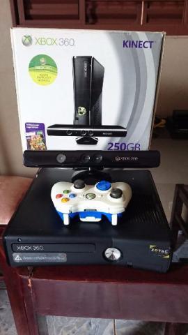 Xbox 360 Slim HD 250