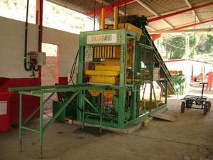 Maquina Hidraulica de fabricar blocos