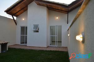 Casa em Itaipuaçu com 3 qts, 1 suíte com fino