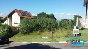 Terreno a venda no Condomínio Aldeia da Fazendinha