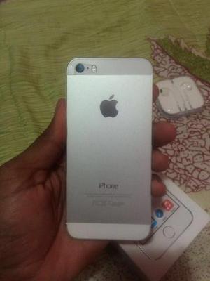 Vendo iPhone 5s branco 32 Gigas ou troco iPhone 6 com volta