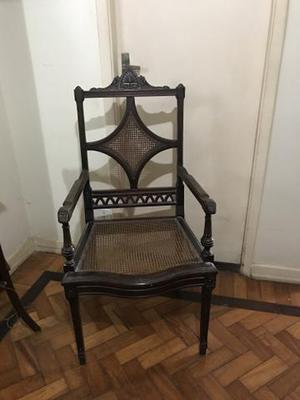 Cadeira antiga pé Luiz XV