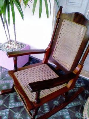 Cadeira de balanço de palha