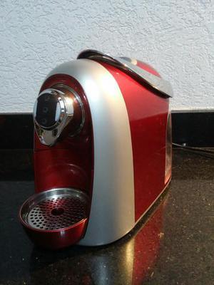 Maquina de cafe tres coraçoes