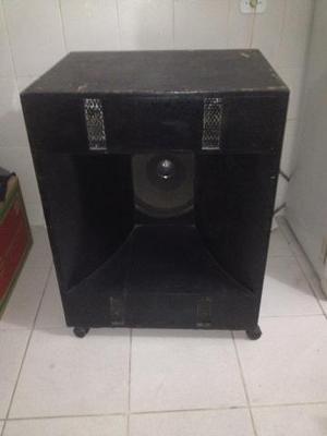 2 caixas de som com alto falantes de 15 barato
