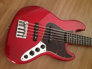 Fender Jazz Bass Deluxe 5 cordas. Muito conservado e
