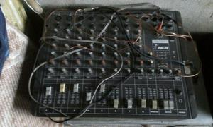 Mesa de som amplificada NCA 8 canais