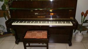 "Vende se um piano ""Fritz Dobbert"""