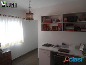 Apartamento tipo cobertura c/03 dorms., 02 salas - Forte PG.
