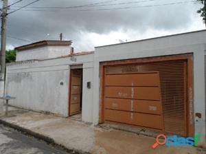 LINDA CASA BAIRRO PRIMAVERA - Casa a Venda no bairro
