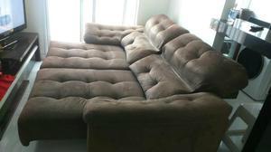 Sofá Mardie retrátil e reclinável