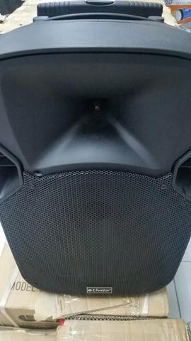 Vendemos amplificada caixa de som com 60W RMS