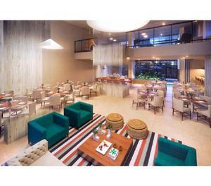 Apartamento com 3 Quartos à Venda, 68 m² por R$ 250.000