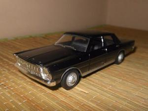 Miniatura Ford Galaxie 500