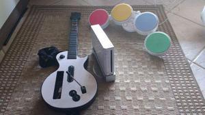 Wii desbloqueado com jogos, guitarra e bateria