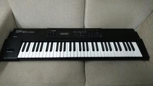 Teclado sintetizador Roland xp10