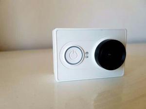 Camera Xiaomi Yi grava em Full HD 2k