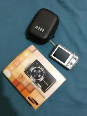 Câmera Samsung 10 Mp ES65 1 mês de uso semi nova