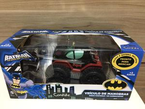 Carro de controle remoto do Batman