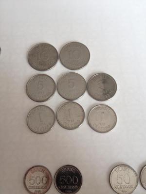 Coleção com 51 moedas nacionais antigas
