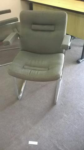 4 Cadeiras de Aproximação para Escritório (ótimo estado)