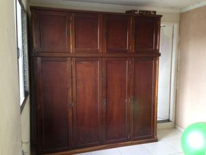 Guarda Roupa 8 portas 4 gavetas em madeira maciça